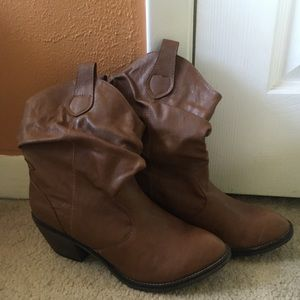 Xappeal brown cowgirl boots